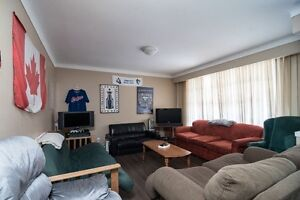ATTN STUDENTS -8 MONTH LEASE HOUSE NEAR PEN CENTER