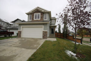 FOR SALE- FAMILY HOME IN ST.ALBERT