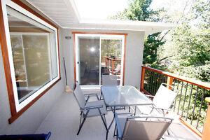 Furnished or Unfurnished Executive Home in Maplewood
