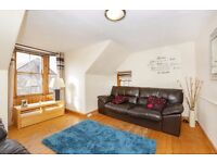 Characteristic upper flat with outstanding sea & harbour views. Bargain...Offered below HR Value