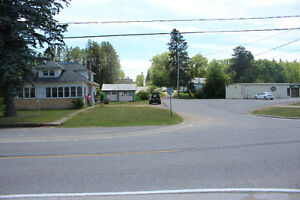 Home/Business in Booming Tourist Town - Near Bancroft Ontario Peterborough Peterborough Area image 2