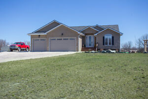 Absolutely Stunning Home On 14.7 Acres Just Mins From Winnipeg!