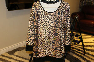 Brand new women tunic x-large