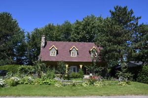 Maison à vendre - La campagne en ville!