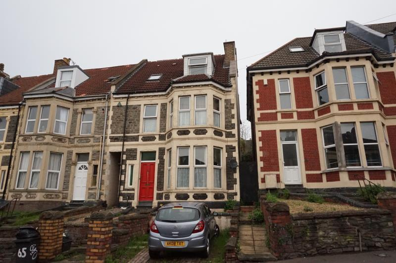 6 bedroom house in Cromwell Road, St Andrews, Bristol, BS6 5HB