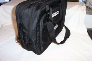 EXPANDABLE LAPTOP BAG - In New Condition