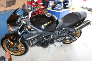 2012 Triumph Triple R 675 - Priced to sell.