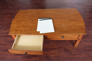 Broyhill Wood Coffee Table / Kneeling Desk With Large Drawers Peterborough Peterborough Area image 5