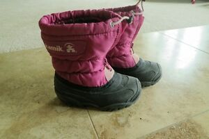 Kamik winter boots toddler size 8