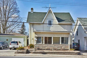 Attention First Time Buyers & Investors! Lovely Family Sized Hom