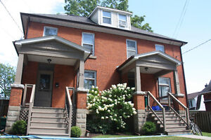 Looking for 5 students for large house near Queen's