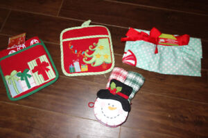 new christmas themed kitchen items