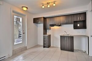 Condo for rent in Aylmer/Condo à louer à Aylmer (May/June)