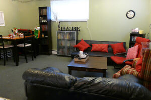 STUDENT RENTAL - Three bedroom apartments - for Sept 2017