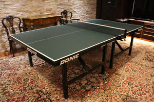 DONIC Compact Professional Ping-Pong Table