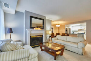 Rare 2+1 Bdrm Luxury Rental With 2 Parking Spaces & Locker Incl!
