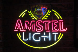 Neon Amstel tres rare en parfaite condition. prix $450.00 ferme.