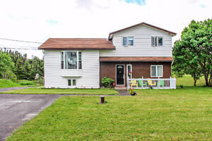 Great family home on LARGE LOT! Reduced & Motivated Sellers!