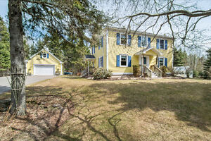 35 Michel, Grande Digue - OVER 1 ACRE/4 BEDROOMS & WATER ACCESS!