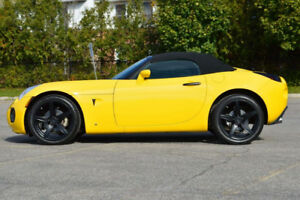 2008 PONTIAC SOLSTICE GXP TURBO CONVERTIBLE WITH 40000 KMS