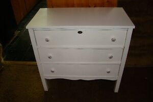 3 drawer solid wood dresser painted artic white