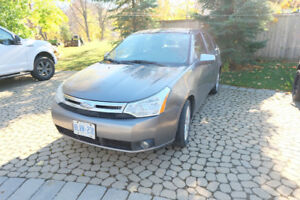 2010 Ford Focus SEL **Must go ASAP**