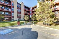 Condo Living in the Heart of Thickwood! Location! Location!