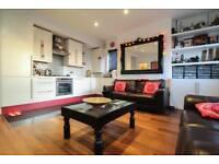 2 bedroom flat in Montrell Road, London, London, SW2