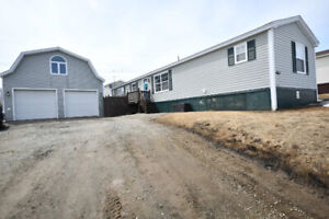 NEW LISTING!! 4067 Duley Cres