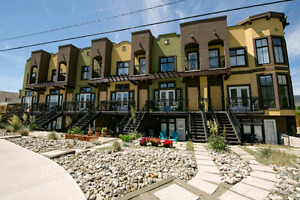 Osoyoos Lakefront Townhouse for sale!