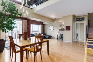 Large 1800 sq. ft. penthouse loft - 10 minutes from DT core!