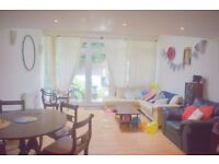 N7 TURFNELL PARK/ HOLLOWAY SPACIOUS 5 BEDROOM TOWN HOUSE CLOSE TO TUFNELL PARK STATION
