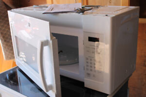 GE Microwave over the range oven