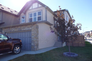 BEAUTIFUL AND CLEAN FAMILY HOUSE AT SAGE HILL NW CALGARY
