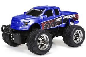 New Bright 1:15-Scale Remote-Controlled Ford Raptor Pickup Truck