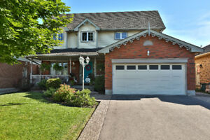 NEW LISTING Glanbrook! House for Sale