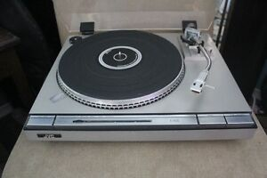 VINTAGE JVC L-A55 DIRECT DRIVE TURNTABLE