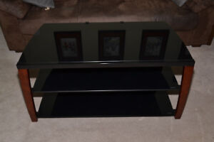 "Techcraft Xii42W 42"" TV stand"