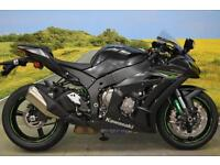 Kawasaki ZX10R **BREMBO BRAKES, LAUNCH CONTROL, TRACTION CONTROL, SHOWA FORKS**