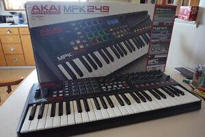 Akai MPK249: Great Condition MIDI Controller