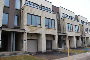 new big townhouse for rent at Oakville,Trafalgar & Dundas