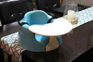 Bumbo chair with tray and safety buckle