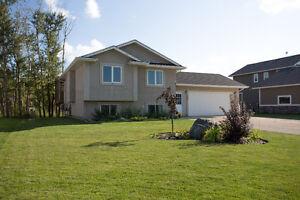Beautiful 4 bdrm Home On Park Like Yard No Backyard Neighbours!