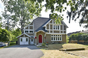 Perfect single home on a double lot 100.04 ' x 129.31 ' in Kings