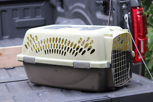 Small pet carrier for sale