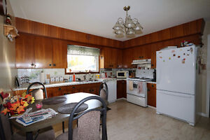 Check out this 1078sqft bungalow, complete w/ an attached garage Regina Regina Area image 2