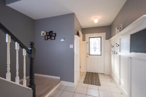 Great Family Home in Desirable Highland Heights, London London Ontario image 2