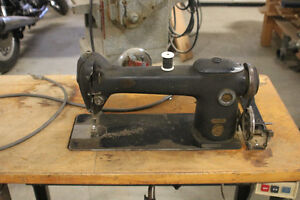 Vintage Industrial Sewing machine Strathcona County Edmonton Area image 5