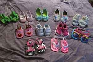 Lot of infant girl shoes/sandals size 1-3