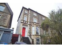 2 bedroom flat in Wells Road, Totterdown, Bristol, BS4 2AG